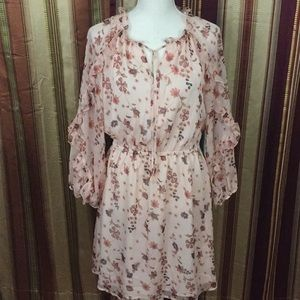 New CeCe long sleeve dress floral pattern